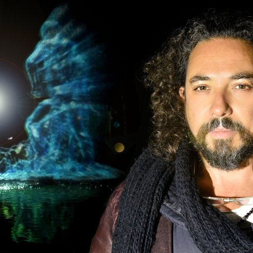 How I Became the First Extraterrestrial Artist: Meet Outer-Space Sculptor Eyal Geyer, Earthlings!