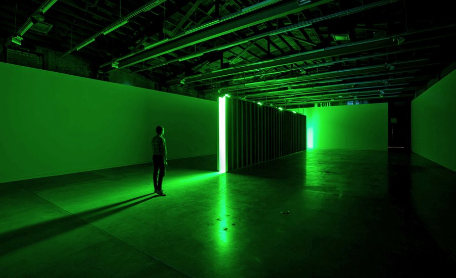 """Green Imposes Its Discomfiting Mood"": The History of Green and the Work of Bruce Nauman, Brice Marden, and Olafur Eliasson"