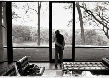 Annie Leibovitz - Philip Johnson, New Canaan, Connecticut, 2002