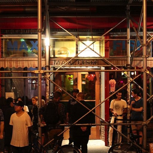 6 of New York's Classic Art Bars