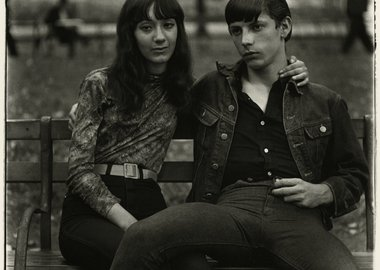 Diane Arbus - Young Couple on a Bench in Washington Square Park, N.Y.C.