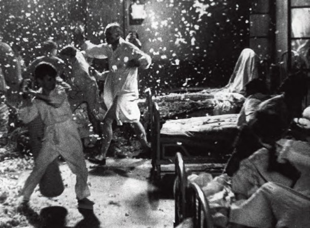 Jean Vigo, Zéro de Conduite (Zero for Conduct), 1933, film still