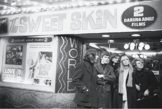 Cale; Jan Cremer, Dutch author, lk, Jan Cremer; Morrissey; Nico; Malanga, in front of World Theater; Nico appeared in The Sweet Skin