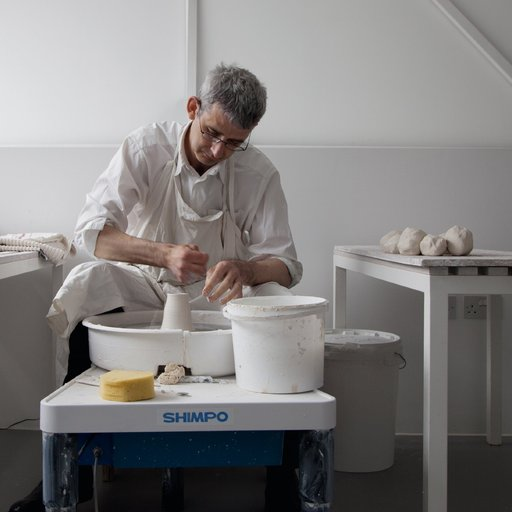 """Things Can Be Stilled, Without Stopping"": Edmund de Waal on the Poetry of Pottery"