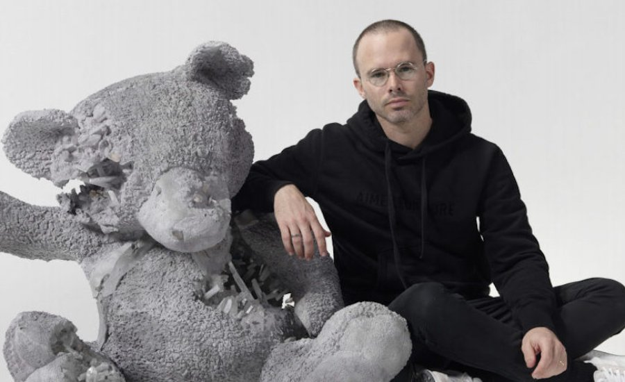 "4 Reasons to Collect Daniel Arsham's ""Hourglass"""