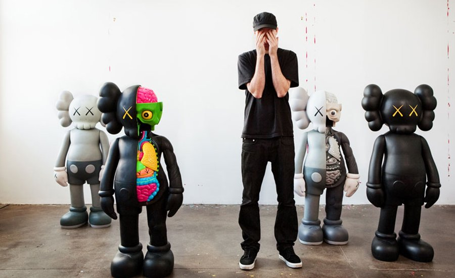 5 Reasons to Collect KAWS's Ceramic Plate Set