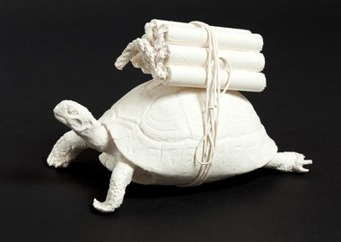 Adel Abdessemed - Tortue