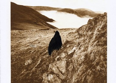 Andy Goldsworthy - Black stone