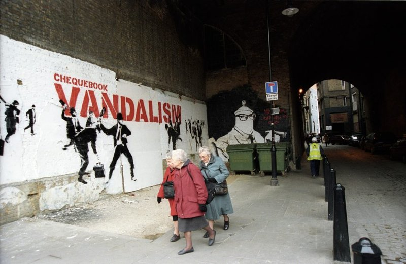view:34358 - Banksy, Banksy Captured, by Steve Lazarides -