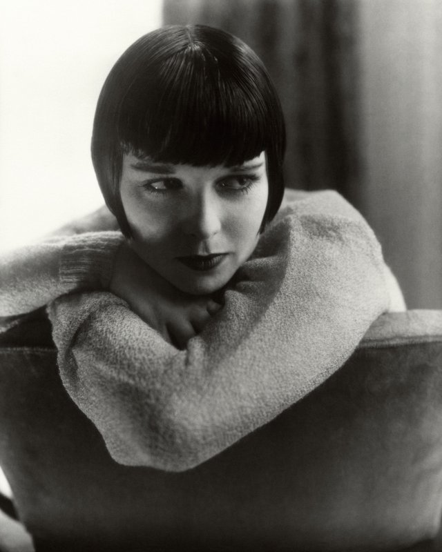 Edward Steichen, Cecil Beaton, and Anton Bruehl, Five Limited Edition Portraits from the archives of Vanity Fair - Louise Brooks by Edward Steichen