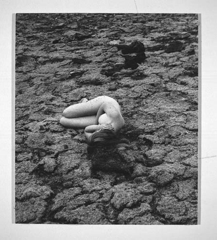 francesca-woodman-untitled-1-800x800.jpg
