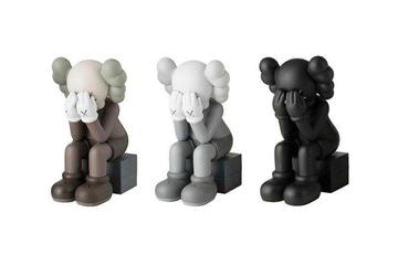 KAWS Passing Through Open Edition Vinyl Figure Black Brand New Action Figure Toy