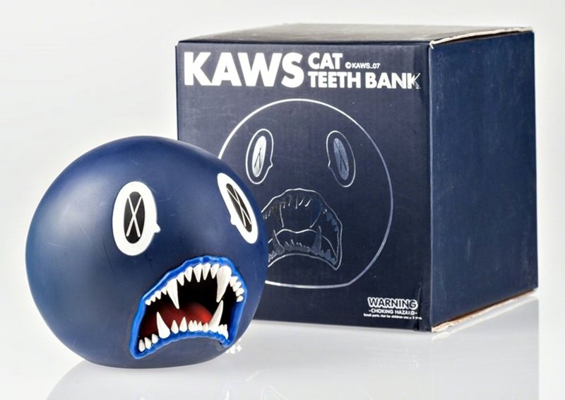 by kaws - Cat Teeth Bank (Blue)