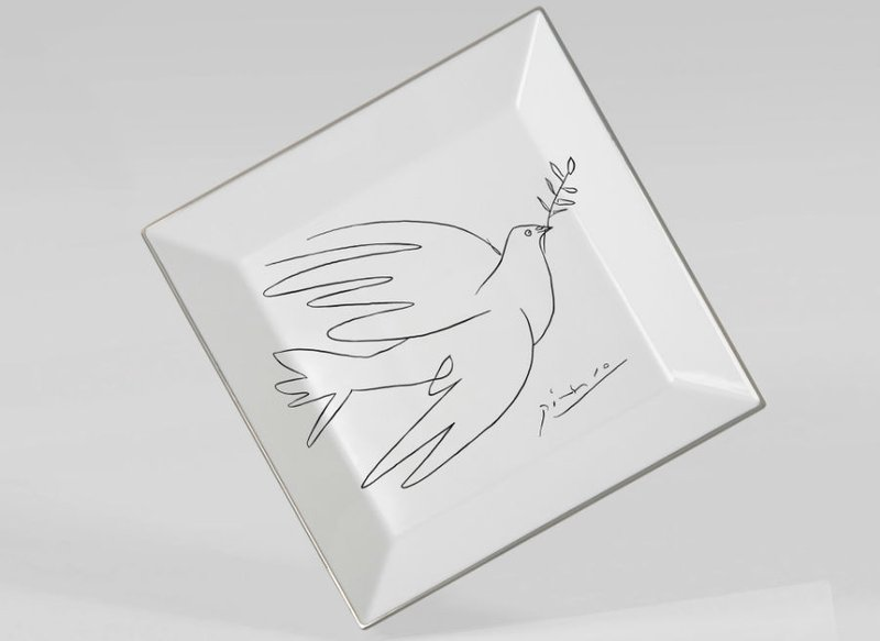 view:2998 - Pablo Picasso, Square plate The Dove -