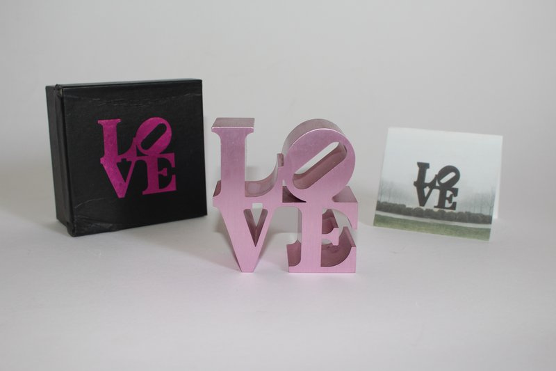Robert Indiana, LOVE (IMA) - LOVE (Pink)