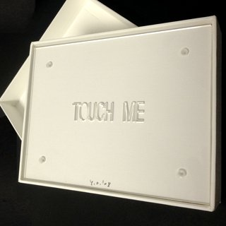 Yoko Ono, Add Colour Painting: Touch Me