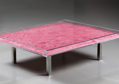 work by Yves Klein - Monopink™ Table