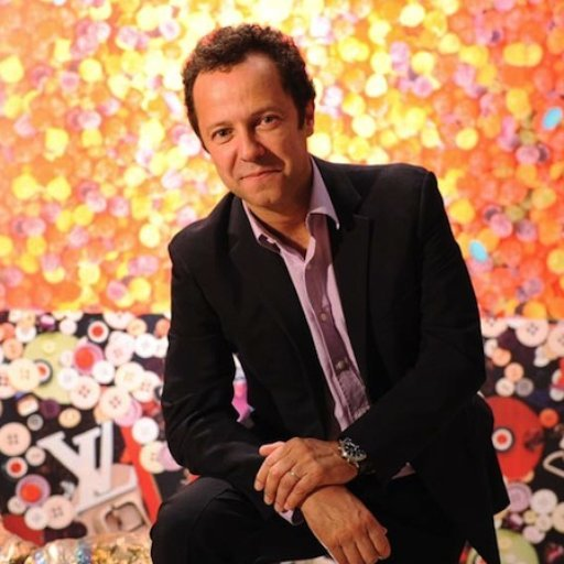 Vik Muniz and Other Artists in the News