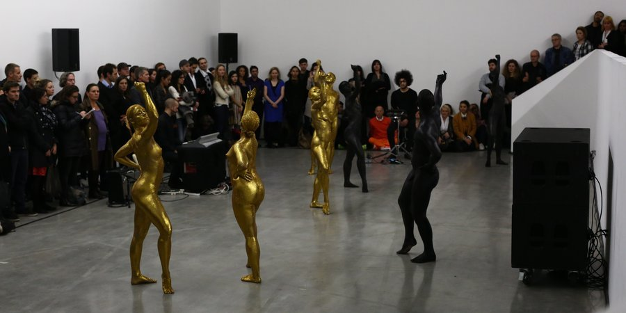 Eddie Peake's performance at the Swiss Institute, photo by Paula Court, courtesy of Performa