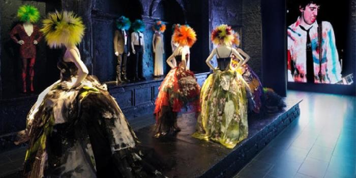 The Evolution of the Fashion Exhibition
