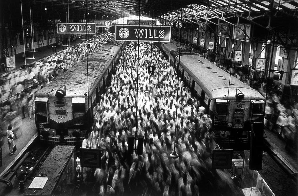 Sebastião Salgado, Churchgate Station, Bombay, from the series Migrations