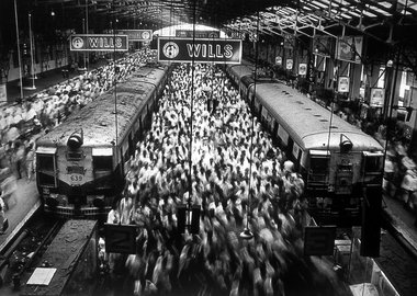 Sebastião Salgado - Churchgate Station, Bombay, from the series Migrations