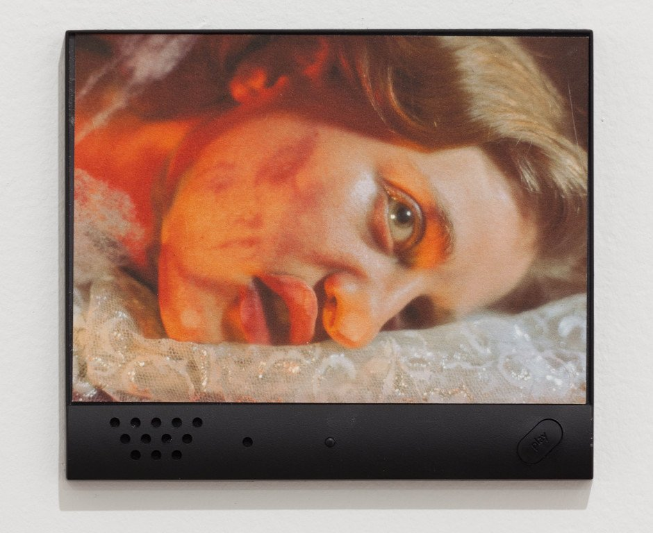 Tony Oursler, Untitled (Talking Photograph)